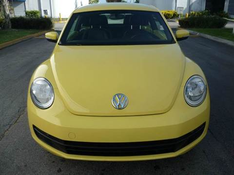 2013 Volkswagen Beetle for sale at INTERNATIONAL AUTO BROKERS INC in Hollywood FL