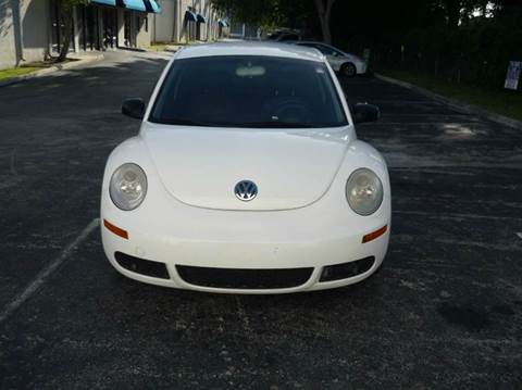 2008 Volkswagen New Beetle for sale at INTERNATIONAL AUTO BROKERS INC in Hollywood FL