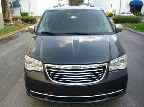 2013 Chrysler Town and Country for sale at INTERNATIONAL AUTO BROKERS INC in Hollywood FL