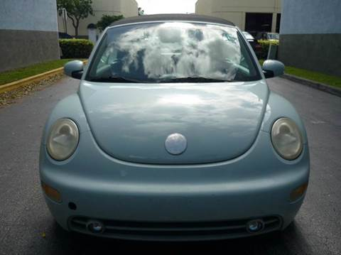 2003 Volkswagen New Beetle for sale at INTERNATIONAL AUTO BROKERS INC in Hollywood FL