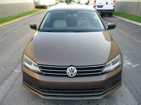2015 Volkswagen Jetta for sale at INTERNATIONAL AUTO BROKERS INC in Hollywood FL