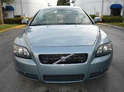 2008 Volvo C70 for sale at INTERNATIONAL AUTO BROKERS INC in Hollywood FL