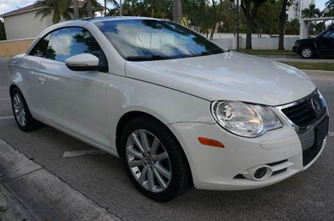 2009 Volkswagen Eos for sale at INTERNATIONAL AUTO BROKERS INC in Hollywood FL