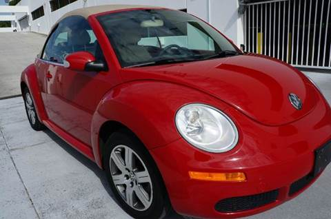 2006 Volkswagen New Beetle for sale at INTERNATIONAL AUTO BROKERS INC in Hollywood FL
