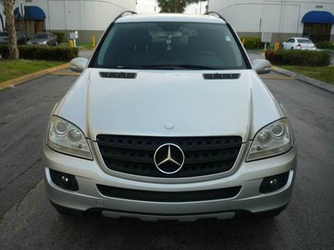 2006 Mercedes-Benz M-Class for sale at INTERNATIONAL AUTO BROKERS INC in Hollywood FL