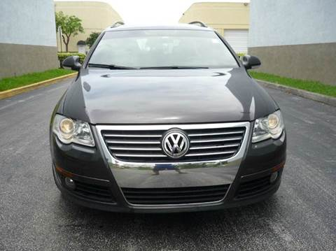 2007 Volkswagen Passat for sale at INTERNATIONAL AUTO BROKERS INC in Hollywood FL