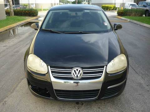 2008 Volkswagen Jetta for sale at INTERNATIONAL AUTO BROKERS INC in Hollywood FL
