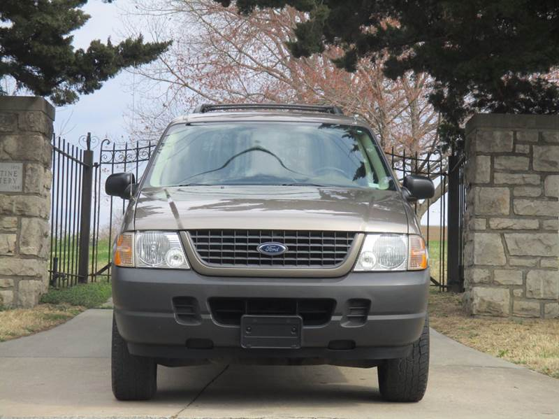 2004 Ford Explorer for sale at Blue Ridge Auto Outlet in Kansas City MO
