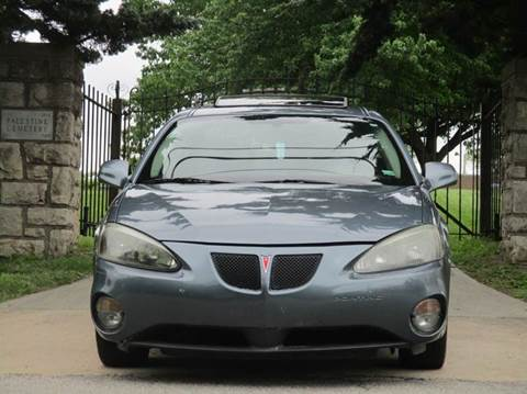2006 Pontiac Grand Prix for sale at Blue Ridge Auto Outlet in Kansas City MO