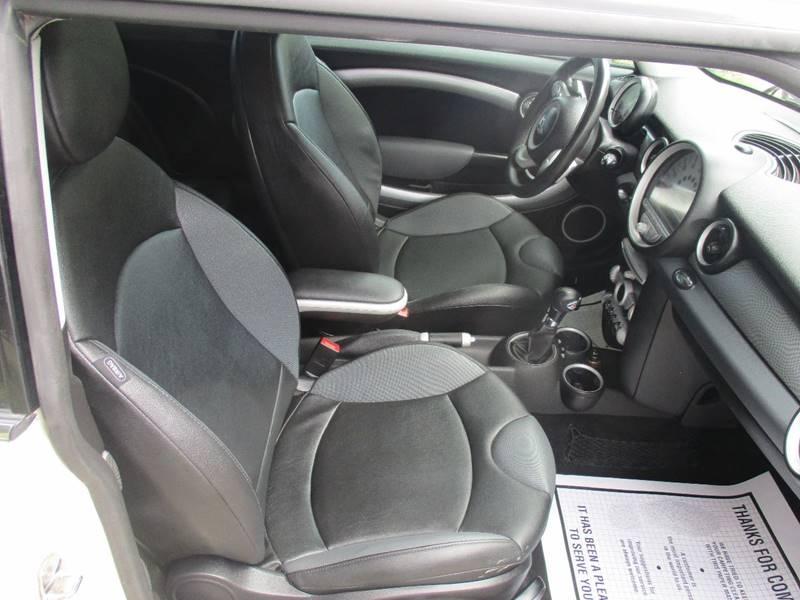 2009 MINI Cooper S 2dr Hatchback - Kansas City MO