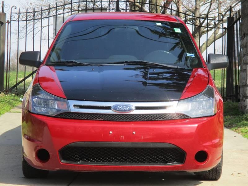 2011 Ford Focus for sale at Blue Ridge Auto Outlet in Kansas City MO