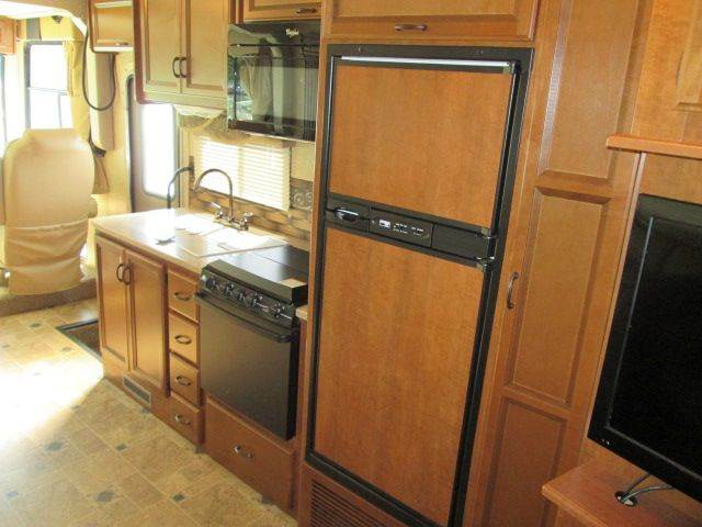 2014 Thor Industries Hurricane RV package - Lewes DE