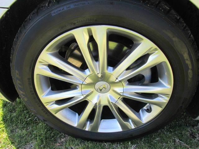 2010 Hyundai Genesis 3.8L V6 4dr Sedan - Lewes DE