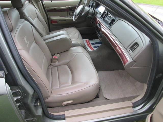 2001 Mercury Grand Marquis GS 4dr Sedan - Lewes DE