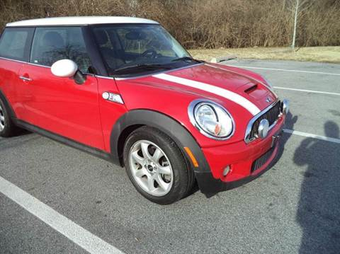 2007 MINI Cooper for sale at CARDEPOT AUTO SALES LLC in Hyattsville MD