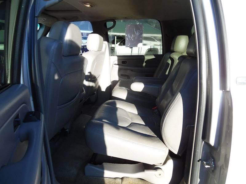 2004 GMC Yukon XL 2500 SLT 4WD 4dr SUV - Lincolnton NC