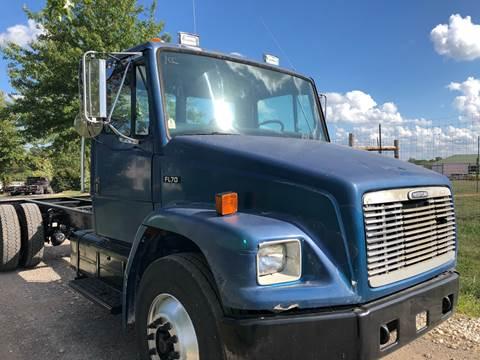 2000 Freightliner FL 70