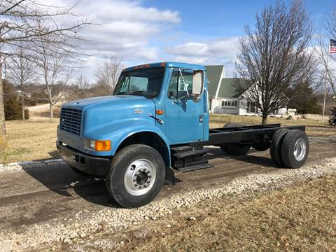 2000 International 4700 for sale in New Bloomfield, MO