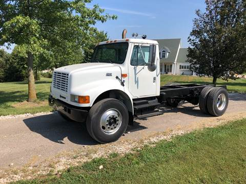 2001 International 4700 for sale in New Bloomfield, MO