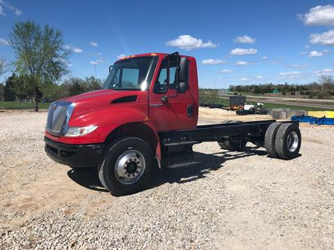 2009 International 4400 for sale in New Bloomfield, MO