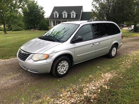 2005 Chrysler Town and Country for sale at Ken's Auto Sales & Repairs in New Bloomfield MO