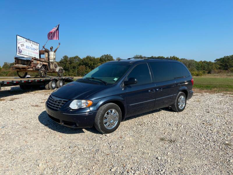 2007 Chrysler Town and Country for sale at Ken's Auto Sales & Repairs in New Bloomfield MO