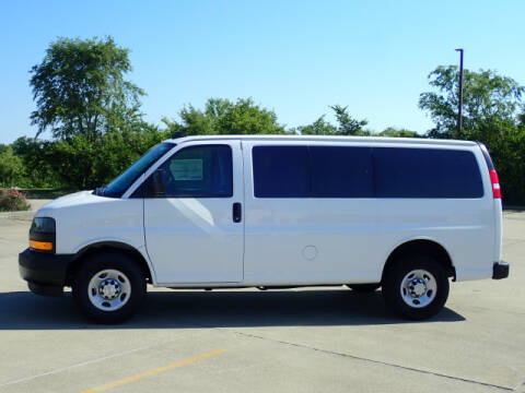 2020 Chevrolet Express Passenger for sale at LANDMARK OF TAYLORVILLE in Taylorville IL