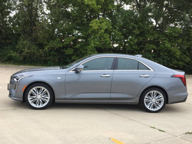 2020 Cadillac CT4 for sale at LANDMARK OF TAYLORVILLE in Taylorville IL