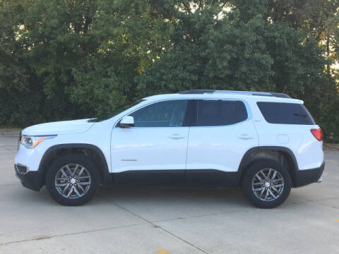 2019 GMC Acadia for sale at LANDMARK OF TAYLORVILLE in Taylorville IL