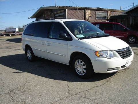 2007 Chrysler Town and Country for sale at DICKS AUTO SALES in Marshfield WI
