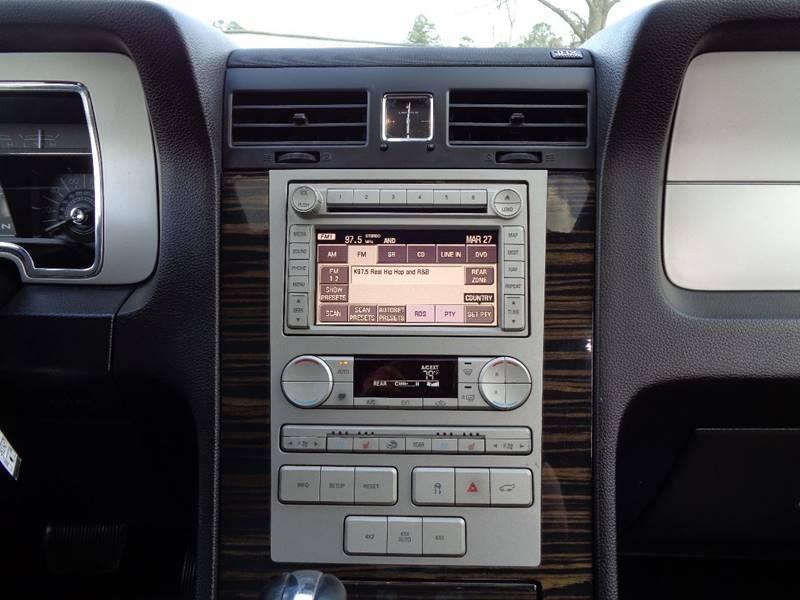2008 Lincoln Navigator 4dr SUV 4WD - Raleigh NC