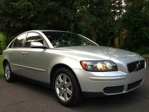 2006 Volvo S40 for sale at Luxury Unlimited Auto Sales Inc. in Trevose PA