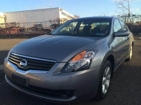 2007 Nissan Altima Hybrid for sale at Luxury Unlimited Auto Sales Inc. in Trevose PA