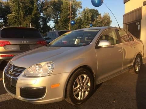 2007 Volkswagen Jetta for sale at Luxury Unlimited Auto Sales Inc. in Trevose PA