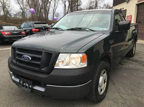 2005 Ford F-150 for sale at Luxury Unlimited Auto Sales Inc. in Trevose PA
