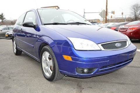 2005 Ford Focus for sale at Luxury Unlimited Auto Sales Inc. in Trevose PA
