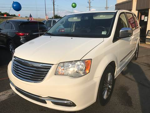 2013 Chrysler Town and Country for sale at Luxury Unlimited Auto Sales Inc. in Trevose PA
