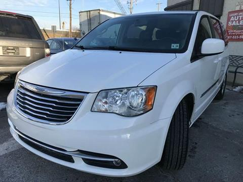 2014 Chrysler Town and Country for sale at Luxury Unlimited Auto Sales Inc. in Trevose PA