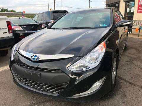 2015 Hyundai Sonata Hybrid for sale at Luxury Unlimited Auto Sales Inc. in Trevose PA
