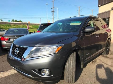 2014 Nissan Pathfinder Hybrid for sale at Luxury Unlimited Auto Sales Inc. in Trevose PA