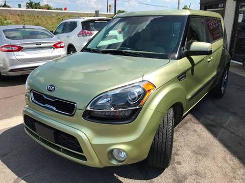 2013 Kia Soul for sale at Luxury Unlimited Auto Sales Inc. in Trevose PA