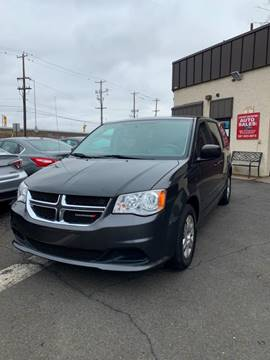 2012 Dodge Grand Caravan for sale at Luxury Unlimited Auto Sales Inc. in Trevose PA