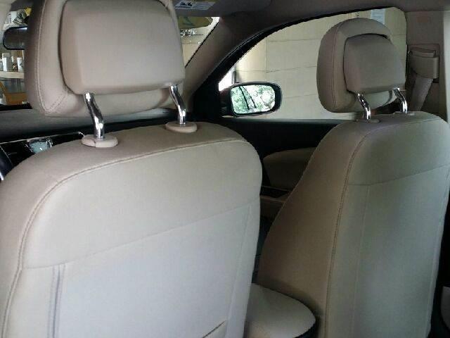 2011 Chrysler 200 Touring 4dr Sedan - Tampa FL