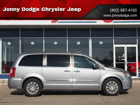 2015 Chrysler Town and Country for sale at Jonny Dodge Chrysler Jeep in Neligh NE