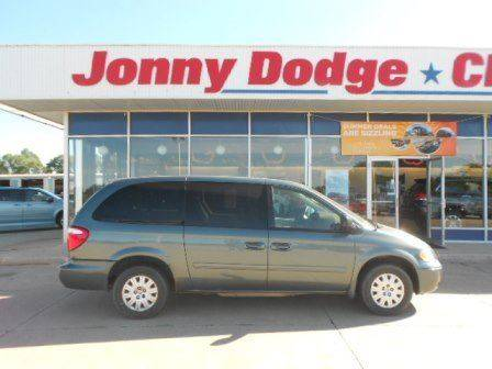 2007 Chrysler Town and Country for sale in Neligh, NE