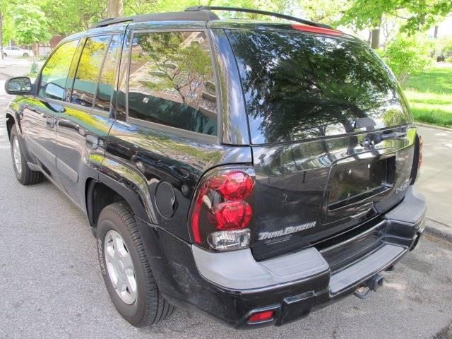 2003 Chevrolet TrailBlazer LS 4WD 4dr SUV - Newark NJ