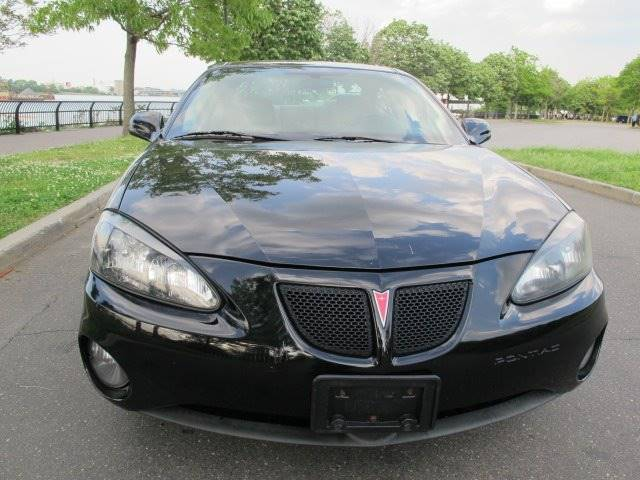 2008 Pontiac Grand Prix 4dr Sedan - Newark NJ