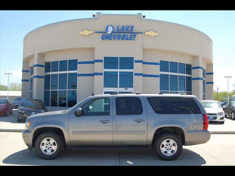 2009 Chevrolet Suburban LT 1500 In Clear Lake IA - Lake Chevrolet
