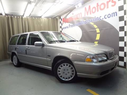 1998 Volvo V70 for sale at Premium Motors in Villa Park IL