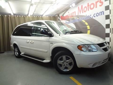 2006 Dodge Grand Caravan for sale at Premium Motors in Villa Park IL